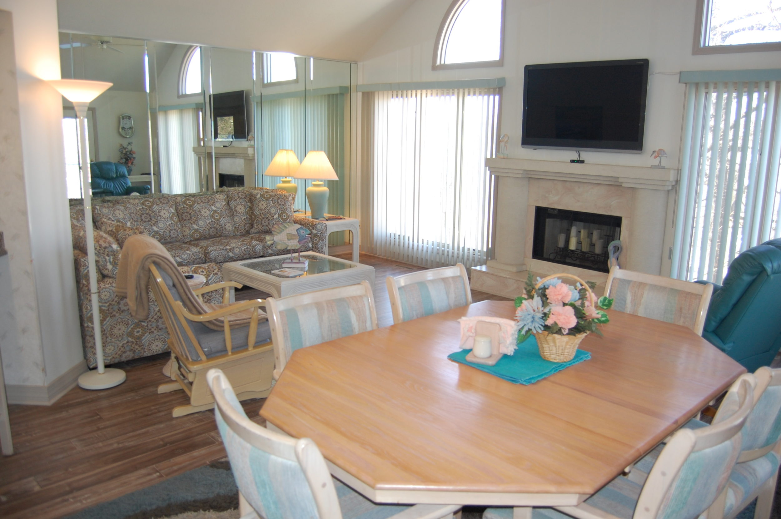 Stay in Branson, Vacation Condo 32-1